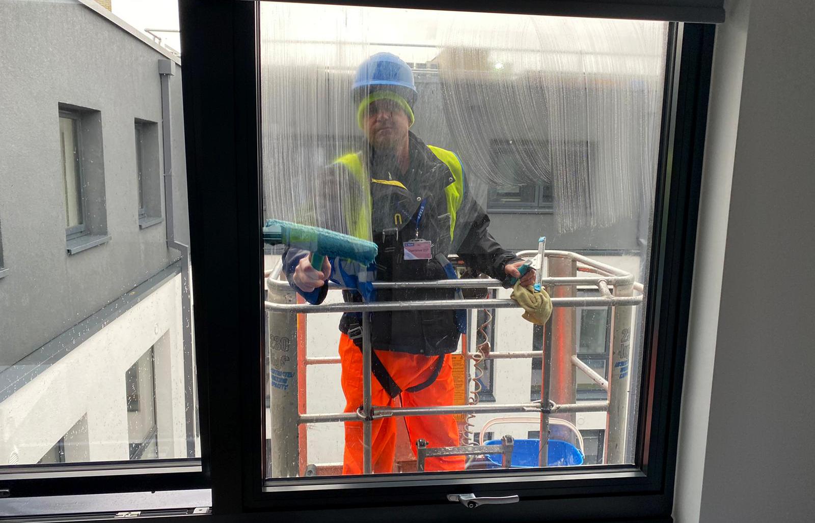window cleaning bristol
