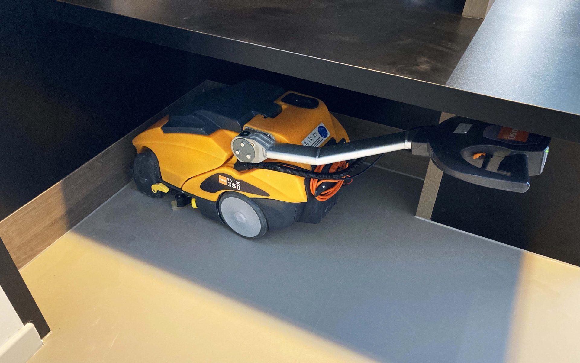 taski hard floor scrubber